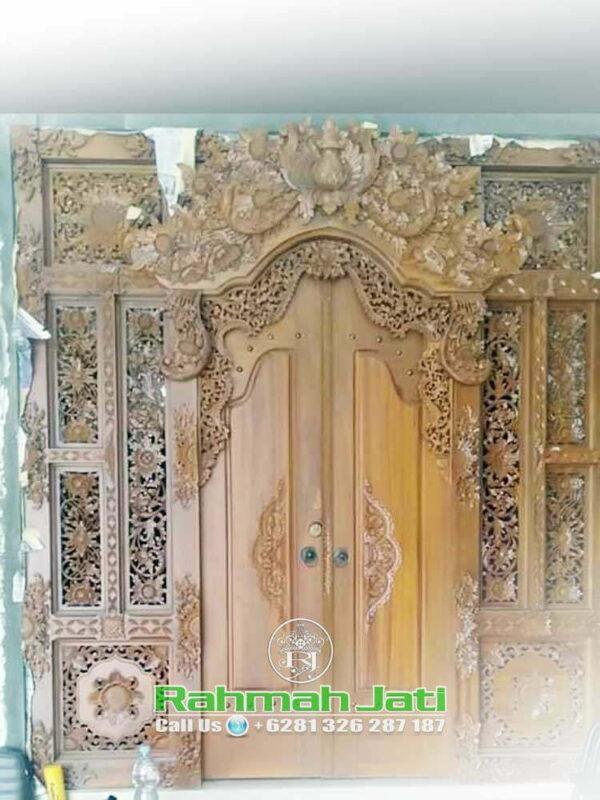 Contoh Pintu Gebyok Bali