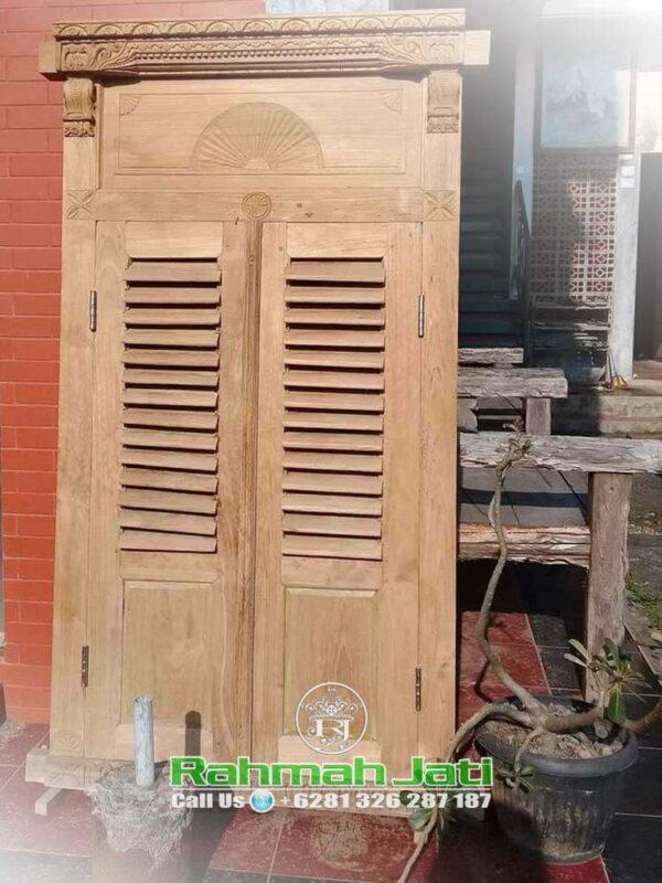 Pintu Gebyok Sederhana
